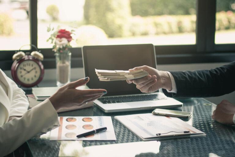 Sungkan Menjawab Saat Ditanyai Ingin Gaji Berapa Oleh Pewancara Kerja ? Cobalah Dengan Cara ini 1