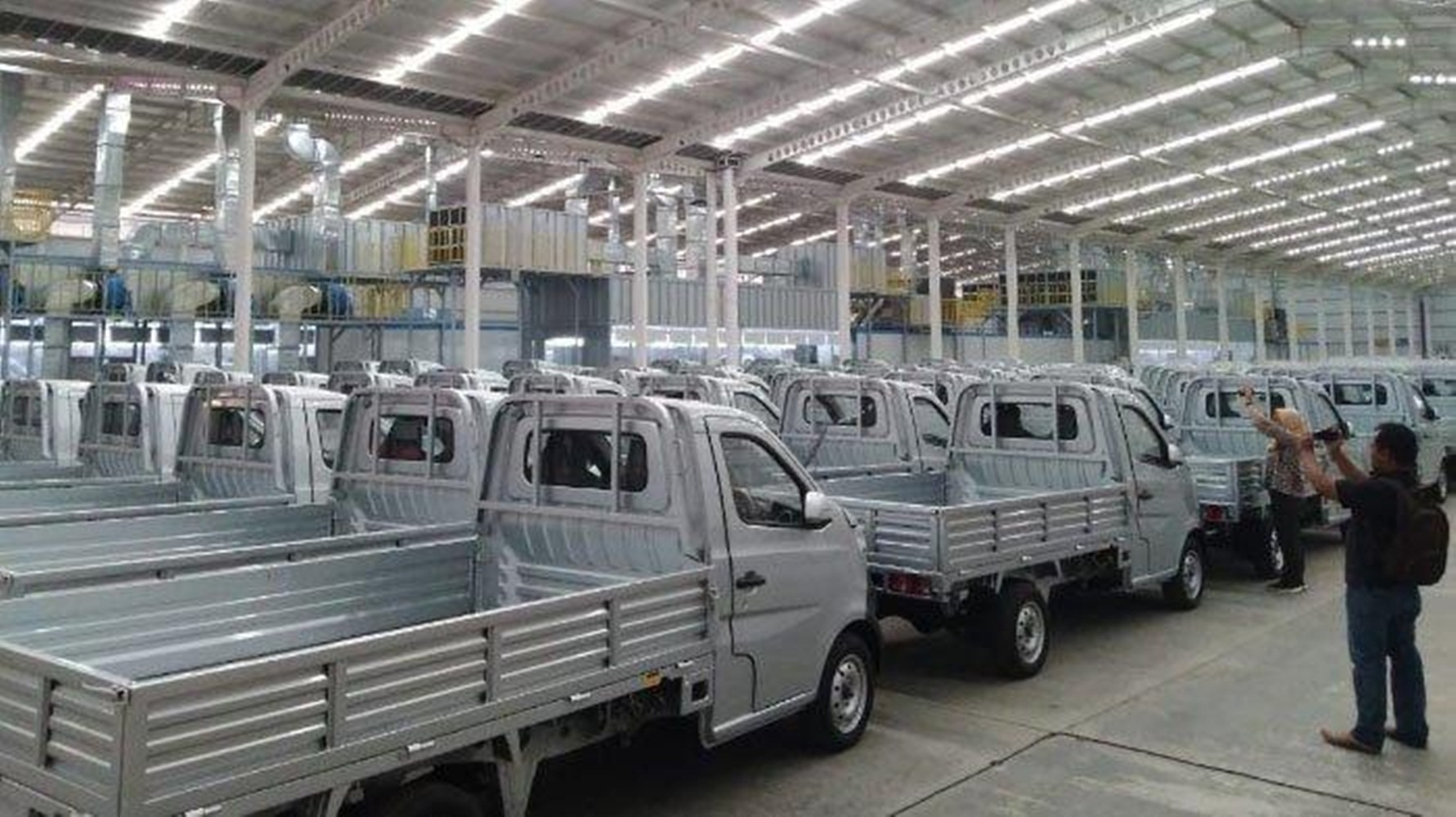 Jokowi Resmikan Pabrik Esemka, Pabrik Mobil Pertama Yang Ada di Jawa Tengah 4