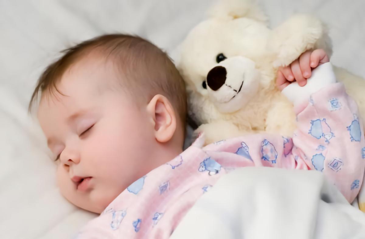 5 Posisi Tidur Bayi Yang Menggambarkan Karakter Bayi ke Depannya 4