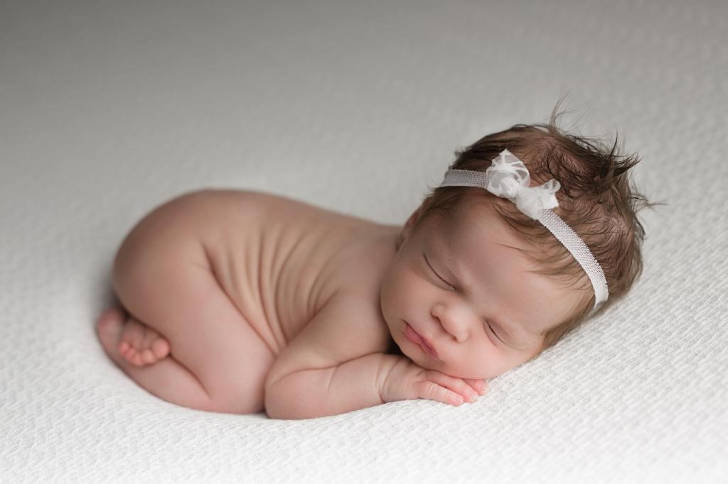5 Posisi Tidur Bayi Yang Menggambarkan Karakter Bayi ke Depannya 7