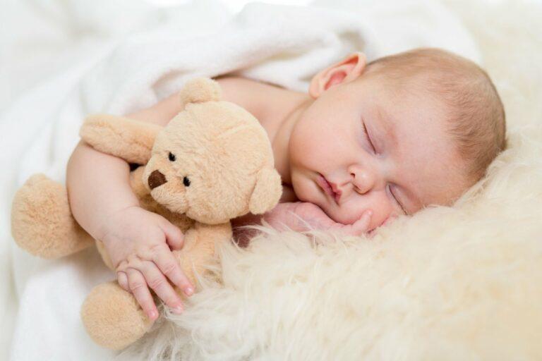 5 Posisi Tidur Bayi Yang Menggambarkan Karakter Bayi ke Depannya 1