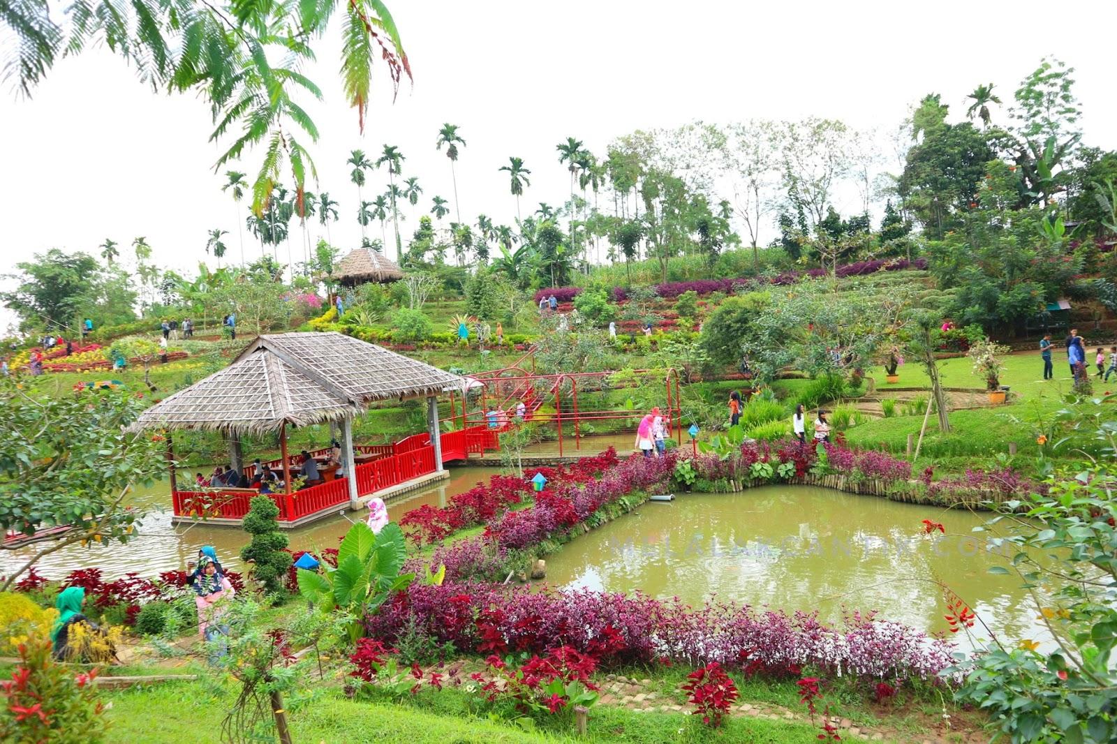 5 Destinasi Wisata Favorit Yang Paling Sering Dikunjungi di Kota Medan 5