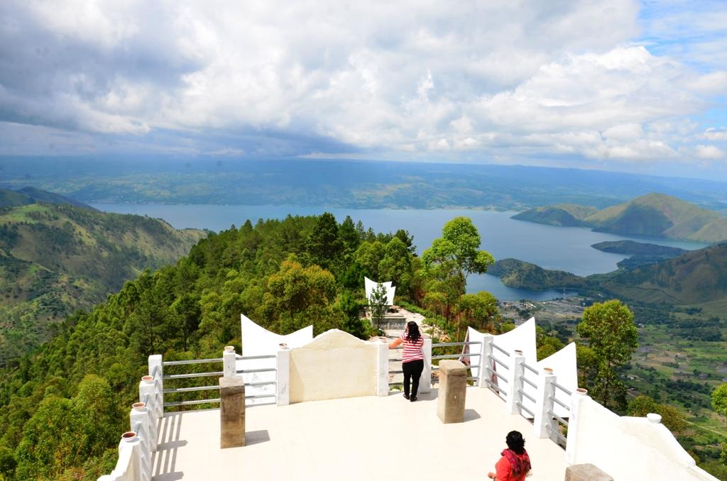 5 Destinasi Wisata Favorit Yang Paling Sering Dikunjungi di Kota Medan 6