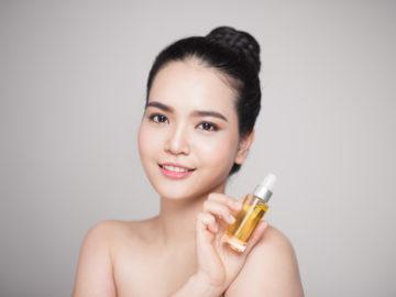 5 Face Oil Yang Bagus Untuk Kulit Berjerawat 13