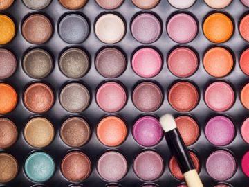 5 Rekomendasi Eyeshadow Palette Dengan Harga Terjangkau 13