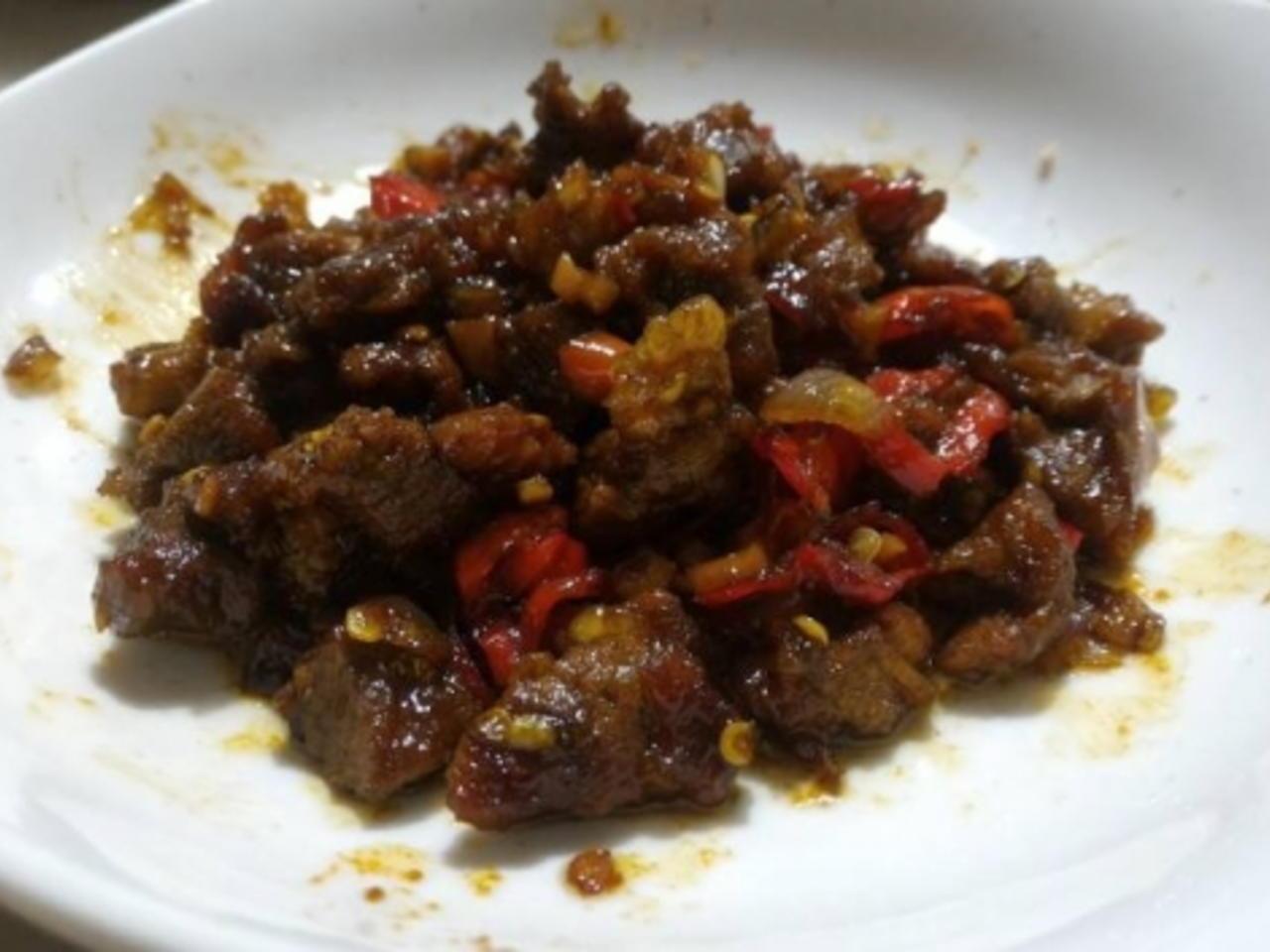 5 Makanan Lezat Khas Yogyakarta (Selain Gudeg) 6