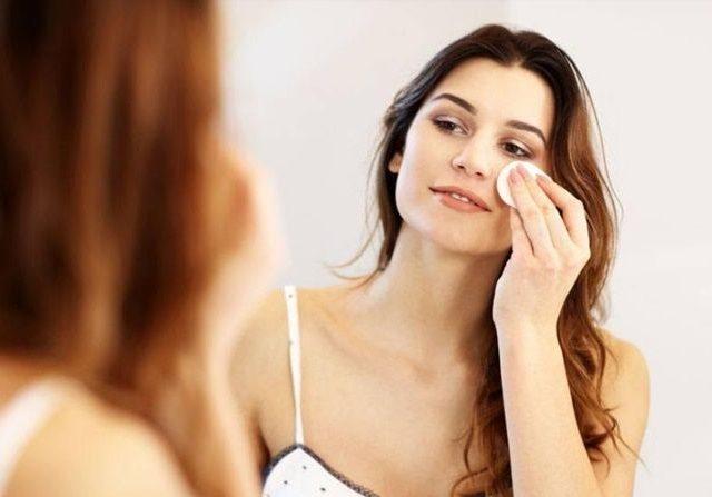 5 Tips Membersihkan Wajah Yang Benar, Tidak Asal - Asalan ya 5