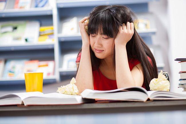 5 Alasan Jangan Pernah Memendam Rasa Benci Dalam Diri Kamu, Akan Merugikan Diri Sendiri Loh ! 6
