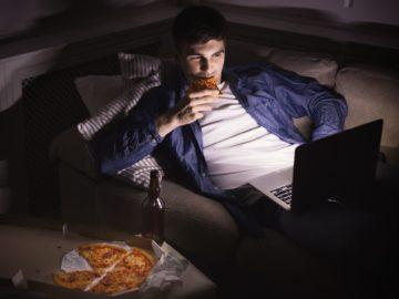 Percaya atau Tidak, Inilah 5 Manfaat Yang Kamu Dapat Saat Makan Sebelum Tidur 10