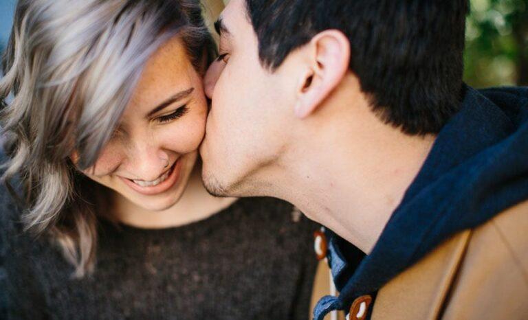 Waspadalah, 5 Penyakit Ini Bisa Menular Melalui Ciuman 1
