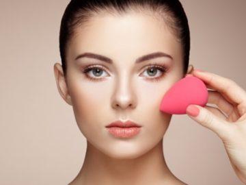 5 Kesalahan Saat Pakai Beauty Blender, Para Wanita Harus Tahu ! 7