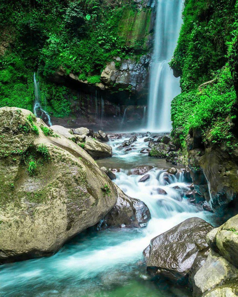 7 Air Terjun Horor Yang Ada di Indonesia, Berani ke Sini ? 5