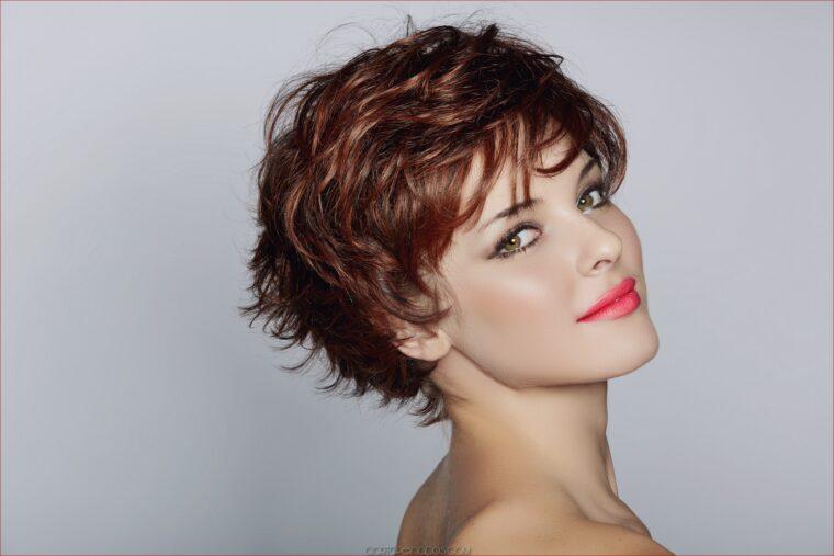 5 Model Rambut Rambut Pendek Wanita Yang Tambah Bikin Kamu Semakin Percaya Diri 5