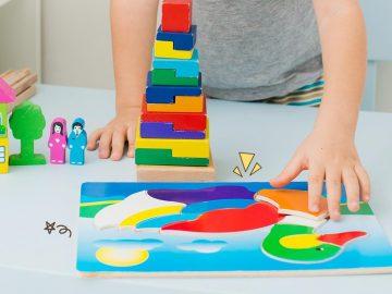 5 Rekomendasi Mainan Bayi Untuk Melatih Perkembangan Otak si Anak 5