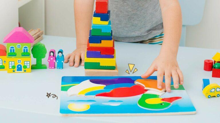 5 Rekomendasi Mainan Bayi Untuk Melatih Perkembangan Otak si Anak 1