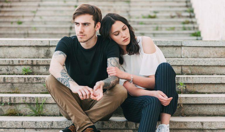 5 Cara Jitu Menghadapi Pasangan Yang Kurang Peka Terhadap Kamu dan Perasaanmu
