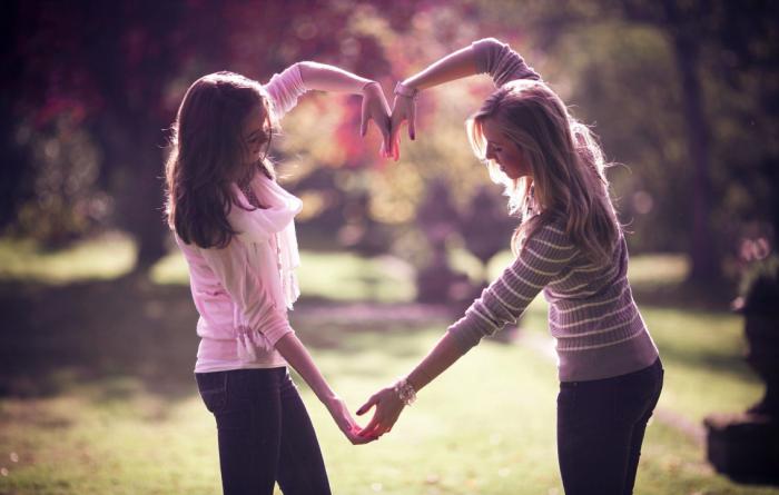 5 Perbedaan Antara Teman & Sahabat, Sudah Tahukah Kamu ? 3