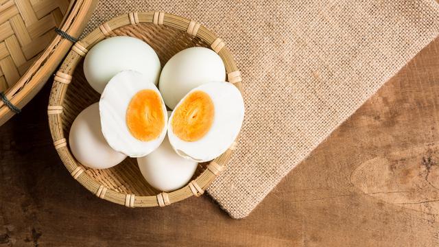 5 Alasan Kenapa Telur Asin Selalu Memakai Telur Bebek 4