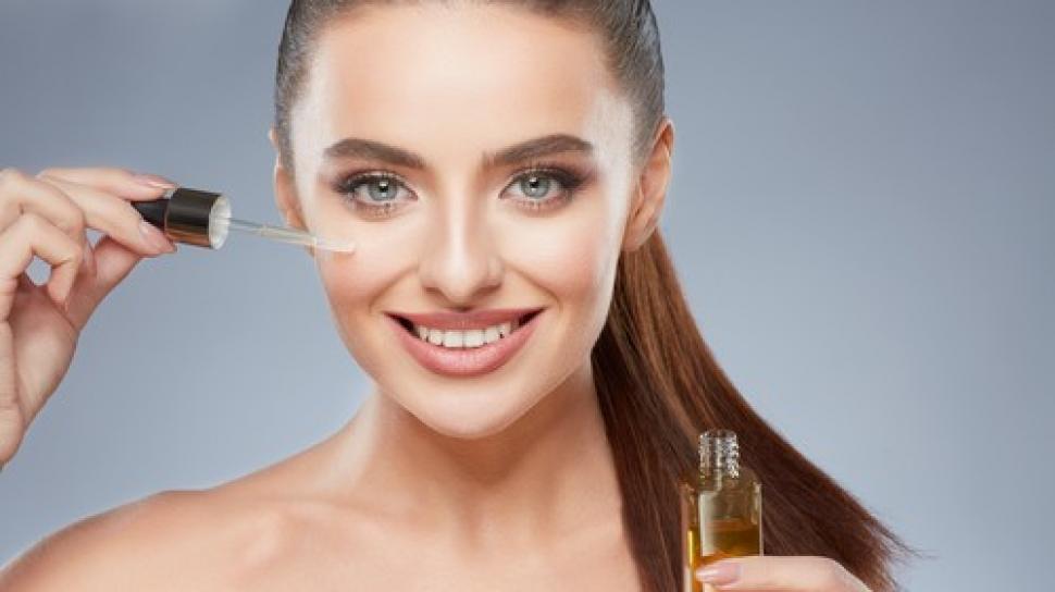 5 Manfaat Face Oil Untuk Masalah Kulit Yang Berminyak dan Berjerawat 5
