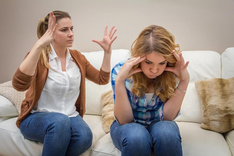 5 Kesalahan Orang Tua Yang Harus Kamu Maklumi, Jangan Marah Dulu ya 6