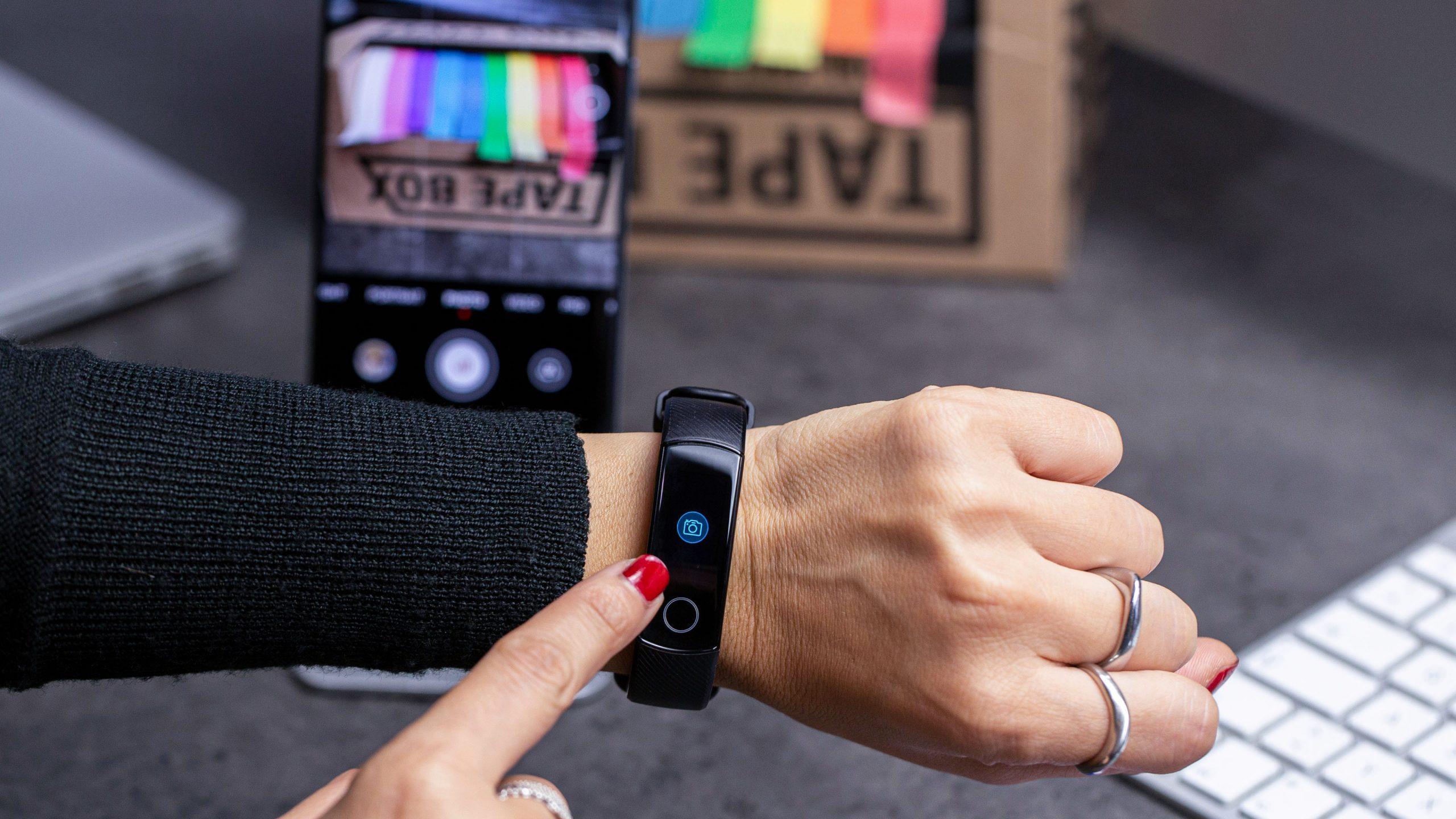 5 Smartwatch Murah Terbaik, Harga Terjangkau Serta Kualitas Paling Bagus Yang Wajib Kamu Miliki 7
