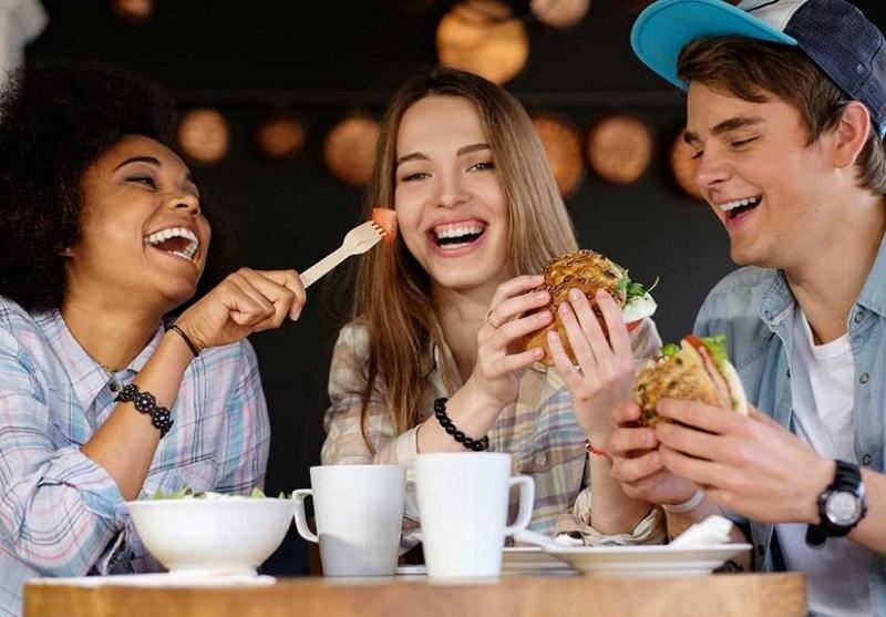 5 Perbedaan Antara Teman & Sahabat, Sudah Tahukah Kamu ? 7