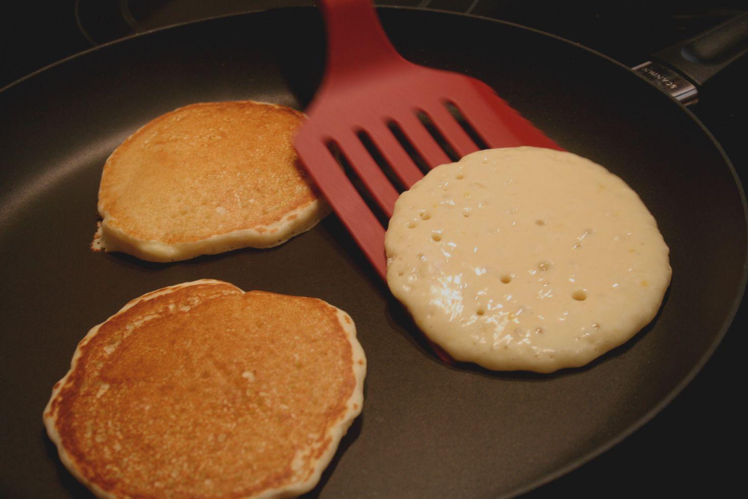 10 Cara Membuat Pancake Dengan Hasil Yang Lebih Lembut dan Dijamin Ketagihan 9