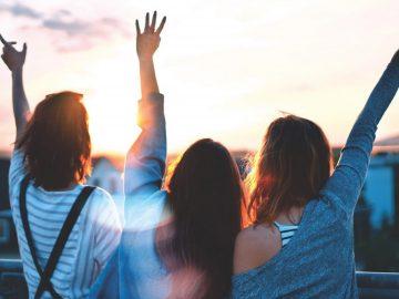5 Perbedaan Antara Teman & Sahabat, Sudah Tahukah Kamu ? 14