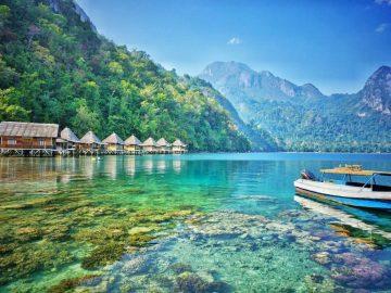 5 Destinasi Wisata di Maluku dengan Keindahannya yang Memukau 10