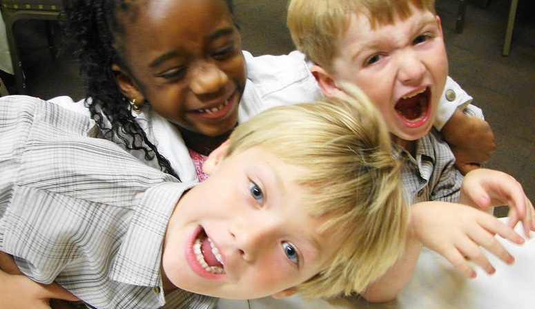 Cara Tepat Mengasuh Anak Yang Hyper Aktif, Jangan Pusing Dulu ya 3