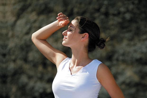 5 Cara Mengatasi Alergi Skincare Pada Wajah, Jangan Sampai Salah Langkah ya 7
