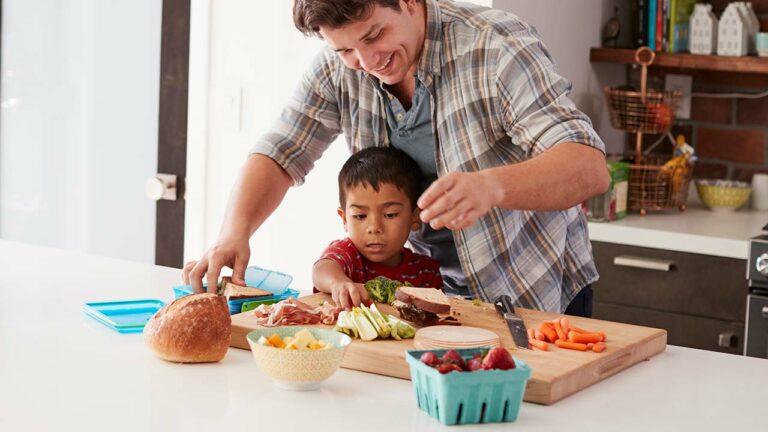 Tips Menyiapkan Bekal Makanan Sekolah Yang Pas Buat Si Kecil 1
