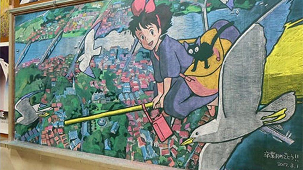 10 Seni Papan Tulis Kapur Anime Ini Bisa Bikin Kamu Terkagum-kagum 4