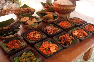 7 Tempat Makan di Bali yang Wajib Dikunjungi 1