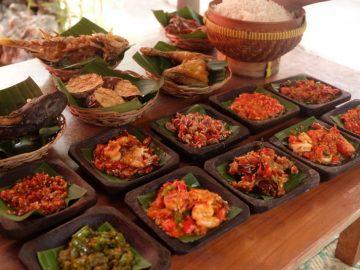 7 Tempat Makan di Bali yang Wajib Dikunjungi 8