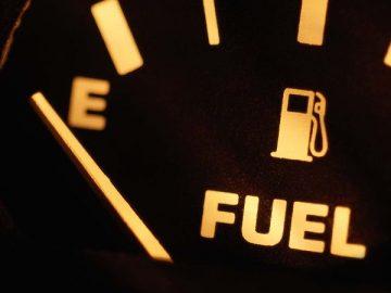 Risiko yang Harus Ditanggung Jika Tangki Mobil Hanya Terisi Bahan Bakar yang Sedikit 8