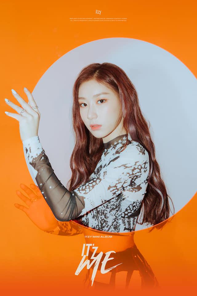 Yuk Intip Potret Cantik Dari Para Personel ITZY di Album Terbaru 4