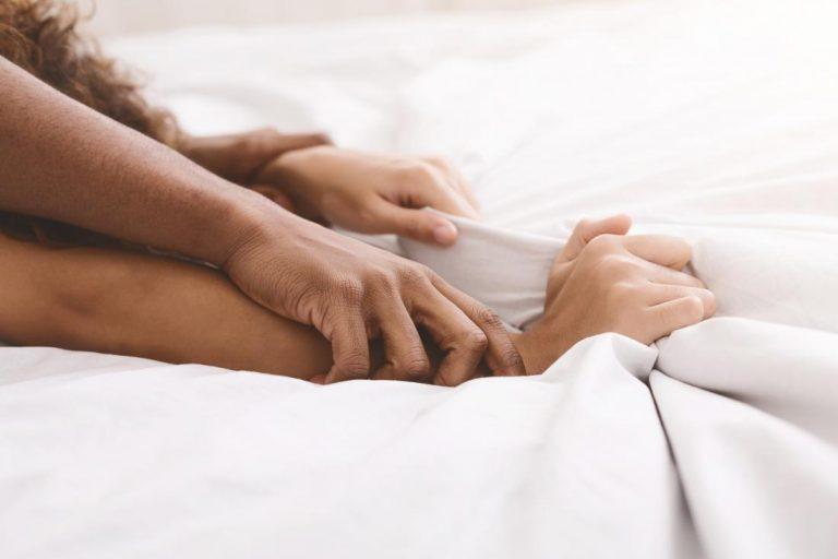5 Arti Istilah Seks Aneh Bahasa Inggris yang Jarang Didengar. Udah Tahu Belum?! 1