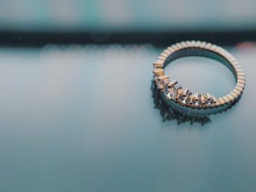 Pertimbangkan Hal Berikut Sebelum Membeli Cincin Kawin Berlian 7