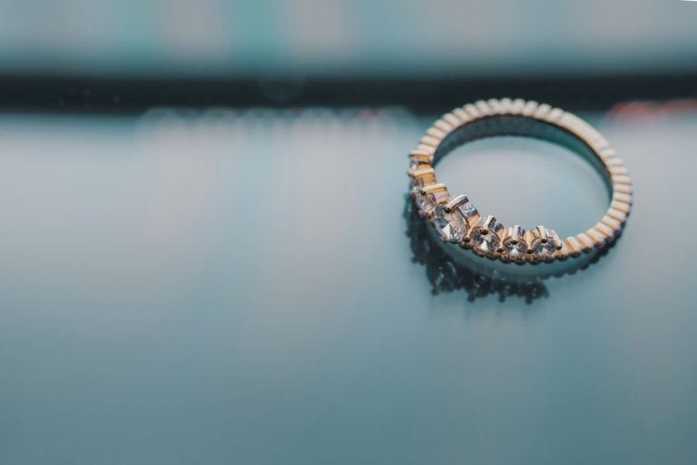 Pertimbangkan Hal Berikut Sebelum Membeli Cincin Kawin Berlian 1