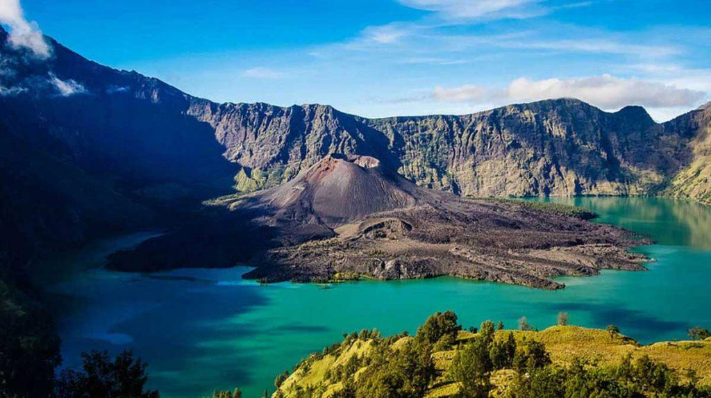 Ini Cerita 5 Gunung Paling Angker Di Indonesia 5