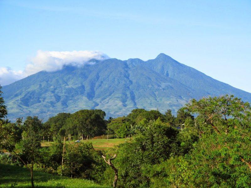 Ini Cerita 5 Gunung Paling Angker Di Indonesia 6