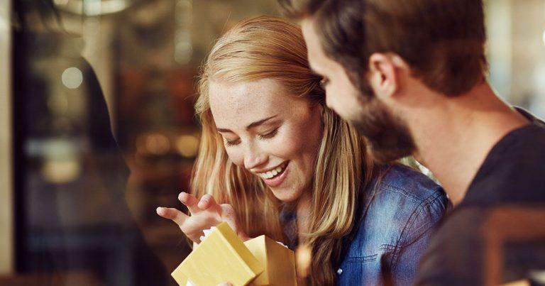 4 Tips Memilih Kado Ulang Tahun untuk Pacar 1