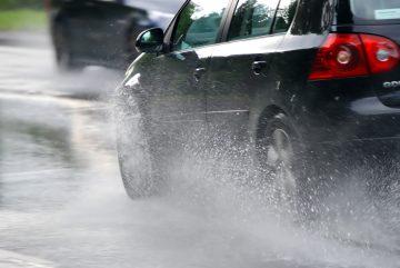 Cara Merawat Motor dan Mobil Pada Saat Musim Hujan 22
