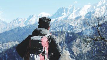 Mau Jalan-jalan ke Tempat-tempat Wisata? Jangan Lupa Membawa Perlengkapan Traveling Backpacker Berikut Ini 4