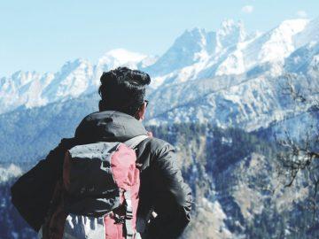 Mau Jalan-jalan ke Tempat-tempat Wisata? Jangan Lupa Membawa Perlengkapan Traveling Backpacker Berikut Ini 8