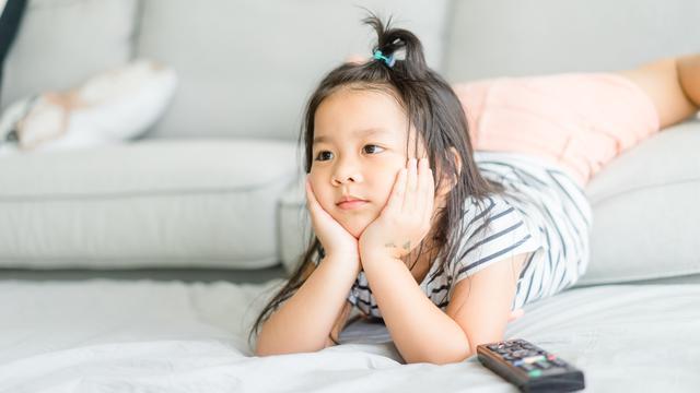 Para Orang Tua Wajib Tahu, Inilah Manfaat Film Edukasi Bagi Anak 4