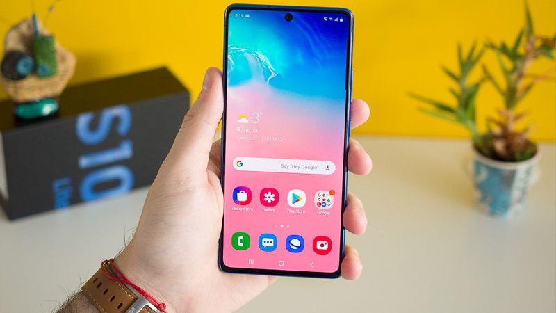 5 Smartphone Terbaru Samsung 2020 Yang Memiliki Tampilan Display Infinity-O 3