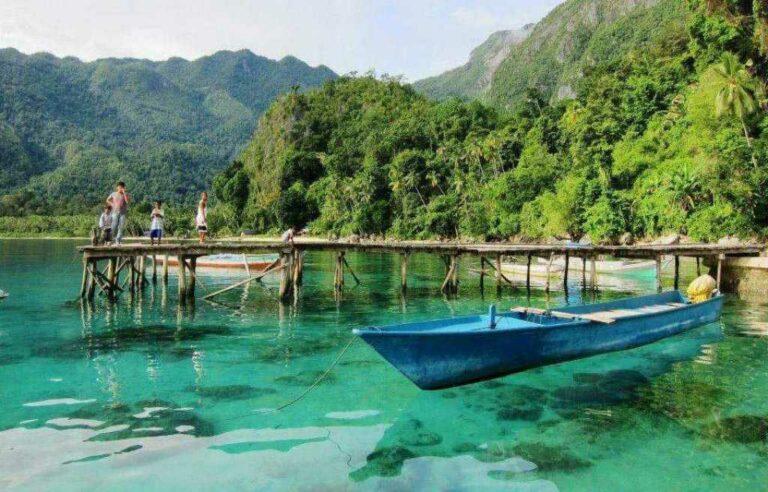 Menjelajah Objek-Objek Wisata yang Menawan di Pulau Bacan Maluku 1