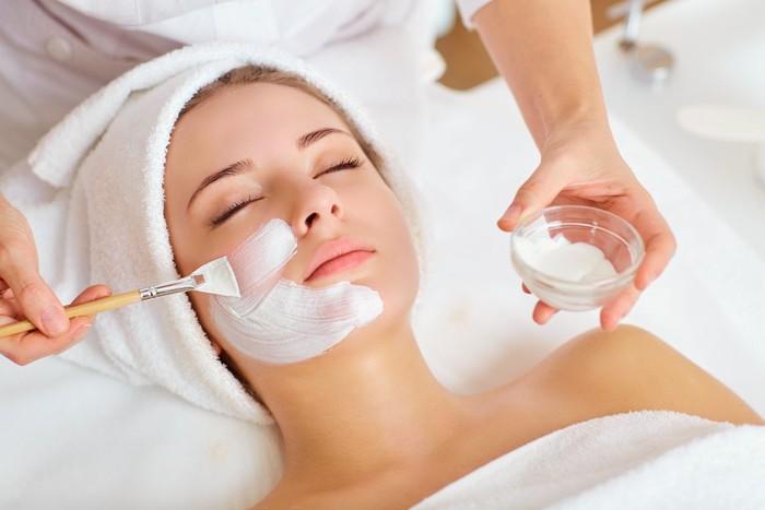 5 Tips Mencegah Kulit Wajah Yang Rusak Akibat Terlalu Sering Memakai Masker 5